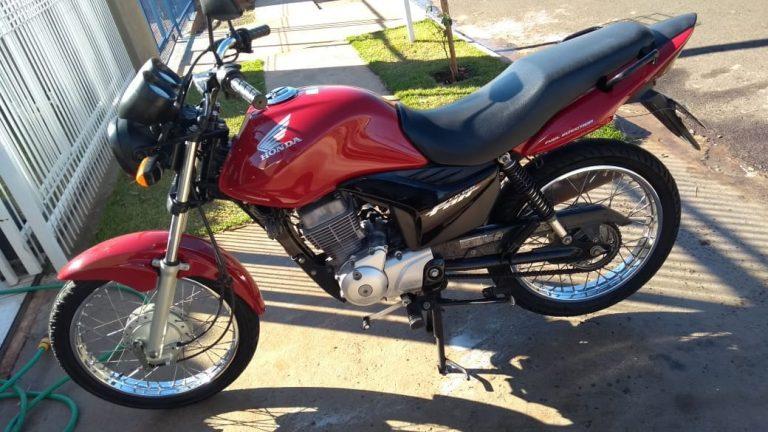 Jovem faz apelo para recuperar moto furtada em Umuarama