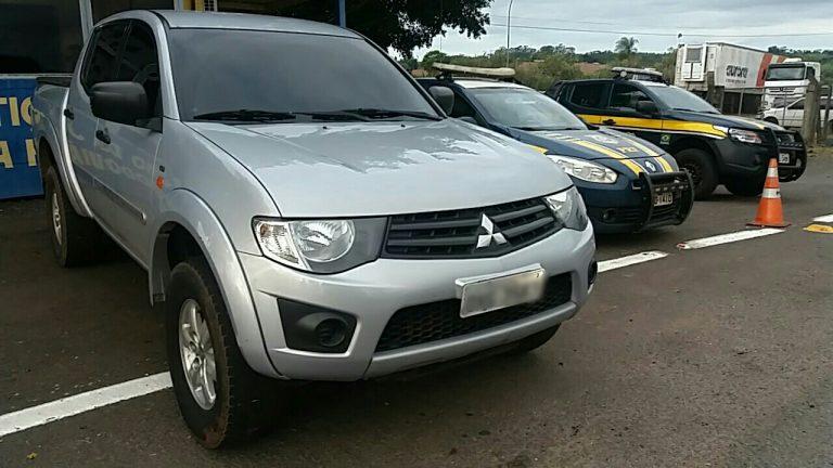 PRF recupera em Alto Paraíso veículo roubado no estado do Rio de Janeiro