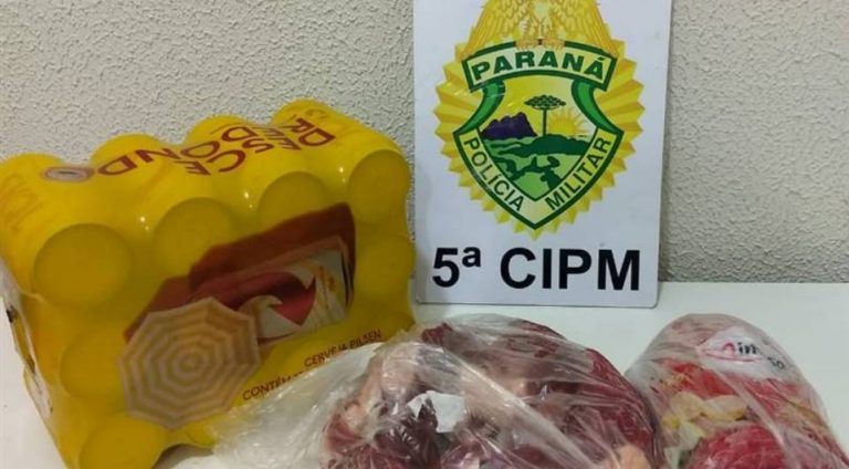 Homem é detido ao tentar furtar carne e cerveja de um supermercado