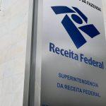 Receita Federal alerta para mensagens falsas em nome da instituição