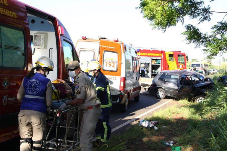 Colisão frontal deixa duas mulheres feridas entre Umuarama e Xambrê
