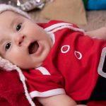 Família busca ajuda para custear tratamento de bebê com doença rara