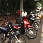 Polícia Militar e Guarda Municipal realizam blitz de trânsito na avenida Apucarana