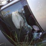 Condutor fica ferido após bater em barranco e capotar na PR-489