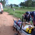 Duas pessoas ficam feridas após queda de moto na PR- 580
