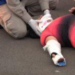 Ciclista fica ferida após cair de bicicleta em Umuarama