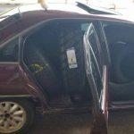 PRF apreende pneus contrabandeados em três carros