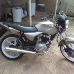 Criminosos furtam moto e depois exigem resgate para vítima