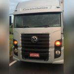 Caminhão roubado em Santo Antônio da Platina é recuperado na PR-323