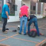 Vítima reage e mata assaltante em Toledo; câmera registrou a ação