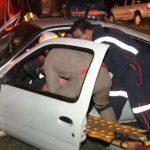 Mulher fica ferida após capotar veículo em Umuarama