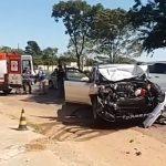 Acidente envolvendo carro e caminhão deixa uma pessoa ferida na PR-489, em Umuarama