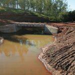 Prefeitura faz adequações após concluir ponte na Estrada Esperança