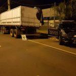 Carreta carregada com cigarros contrabandeados é apreendida em Umuarama