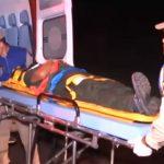 Mulher sofre queda de moto ao tentar desviar de buraco na PR-323