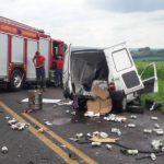 Motorista morre após bater de frente com caminhão na BR-317