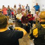 Policiais surpreendem mães com belíssima homenagem no Uopeccan de Umuarama