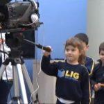 Alunos da Escola Lig de Umuarama visitam a sede da TV Caiuá