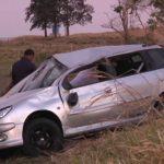 Motorista fica ferido após capotar veículo entre Umuarama e Serra dos Dourados