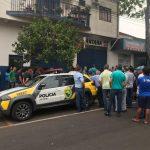 Homem é executado a tiros em plena luz do dia no centro de Umuarama