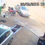 Câmeras de segurança flagram momento que homem é morto, em Boa Esperança
