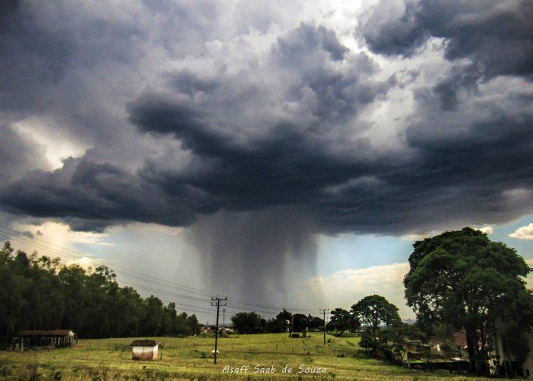 Defesa Civil emite alerta de fortes chuvas na região noroeste