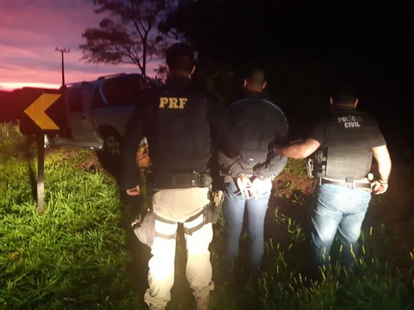 Operação prende sete integrantes de quadrilha de furtos de caminhonetes