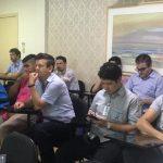 Colaboradores da Norospar participam de palestra sobre 'filosofia do servir'
