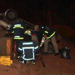 Duas mulheres ficam gravemente feridas após capotamento em Umuarama