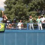 Fiéis se reúnem no lago Aratimbó para momentos de louvor e oração