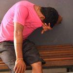 Jovem é preso suspeito de tráfico de drogas na praça da Bíblia