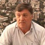 Vereadores de oposição denunciam prefeito por improbidade administrativa