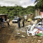Ação conjunta contra a dengue encontra muitos resíduos acumulados