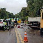 Motorista na contramão colide com caminhão e morre na BR-116