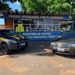 PRF recupera carro roubado e apreende mais de meia tonelada de maconha