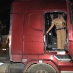 Caminhão roubado em Londrina é recuperado pela PM em Umuarama