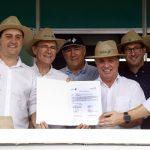 BRDE libera financiamento de R$ 30 milhões para reativar frigorífico em Umuarama