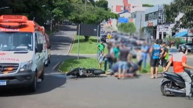 Pai e filho ficam feridos após acidente de trânsito em Umuarama