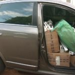 Três veículos, sendo um carregado com cigarros, são apreendidos pela PM em Perobal