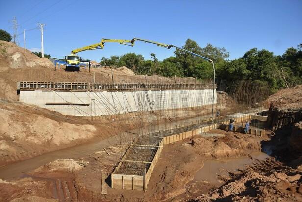 Iniciada construção da segunda ala da ponte da Avenida Malta