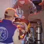 Bombeiros socorrem homem com ferimentos graves na PR-580