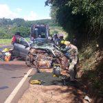 Colisão envolvendo carro e caminhão deixa três feridos entre Umuarama e Xambrê