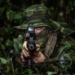 Batalhão da PMPR passa a atuar com novo e moderno uniforme na fronteira