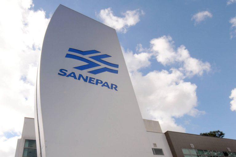 Procon e agência reguladora cobram Sanepar por aumentos em contas de água