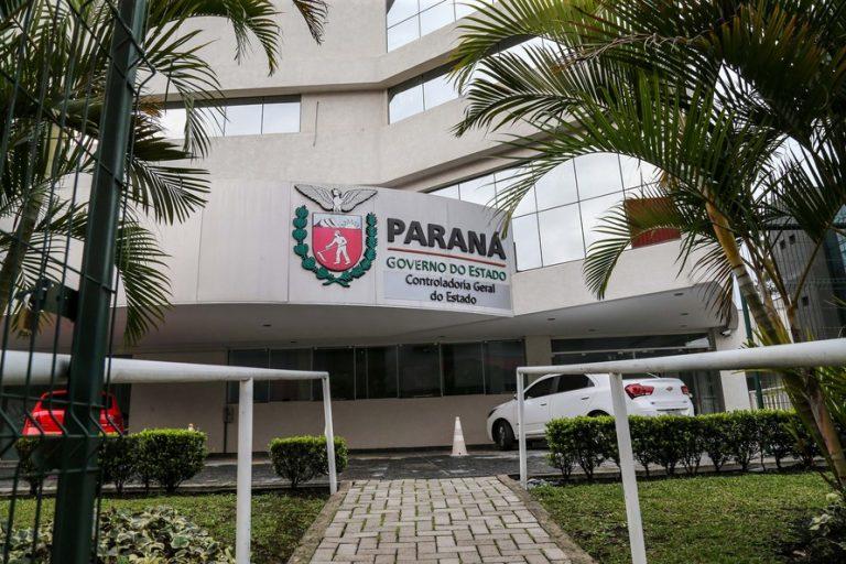 Repasses ilegais de auxílio emergencial a servidores do Paraná podem chegar a R$ 3 milhões