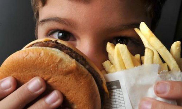 Secretaria de Estado da Saúde alerta sobre riscos da obesidade infantil