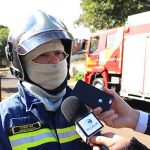 Bombeiros são acionados para conter fogo em residência no parque Primeiro de Maio