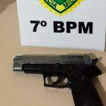PM apreende entorpecentes e simulacro de arma de fogo durante ação em Goioerê e Cruzeiro do Oeste