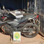 BPFron e Exército apreendem motocicleta adulterada durante Operação Hórus em Guaíra