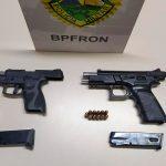 Policiais do BPFron apreendem duas pistolas durante abordagem em Iporã
